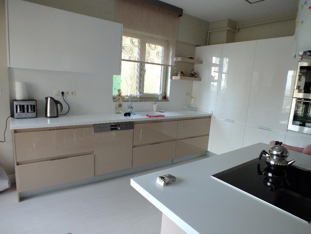 Image 3495873 By: Akrilik Mutfak Tezgahı Modeline Ait Detay Sayfası