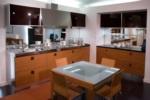 Siyah Camlı Mutfak Dolapları