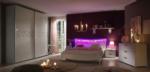 Ela Wonen / Ambrosia yatak odasi
