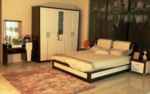 Royal Meubel & Bedden & Boxsprings / Karlisa bazali yatak odasi takimi